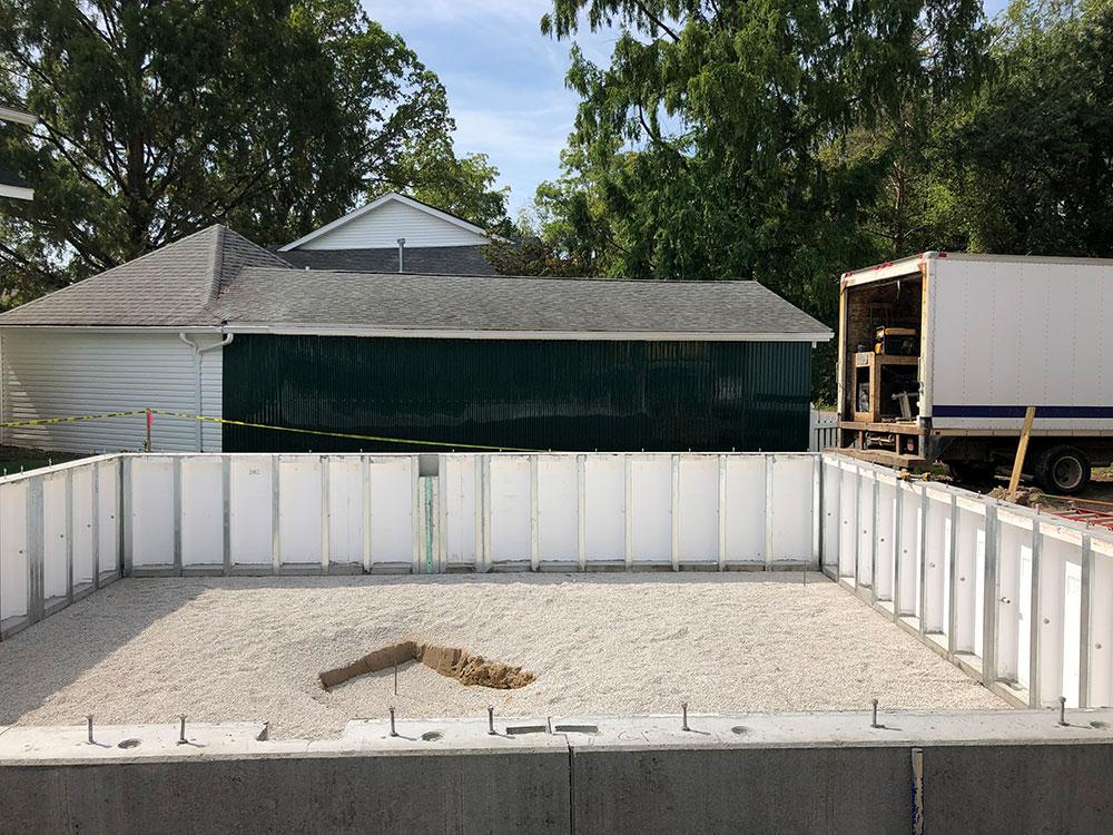 small precast walls - crawlspace size