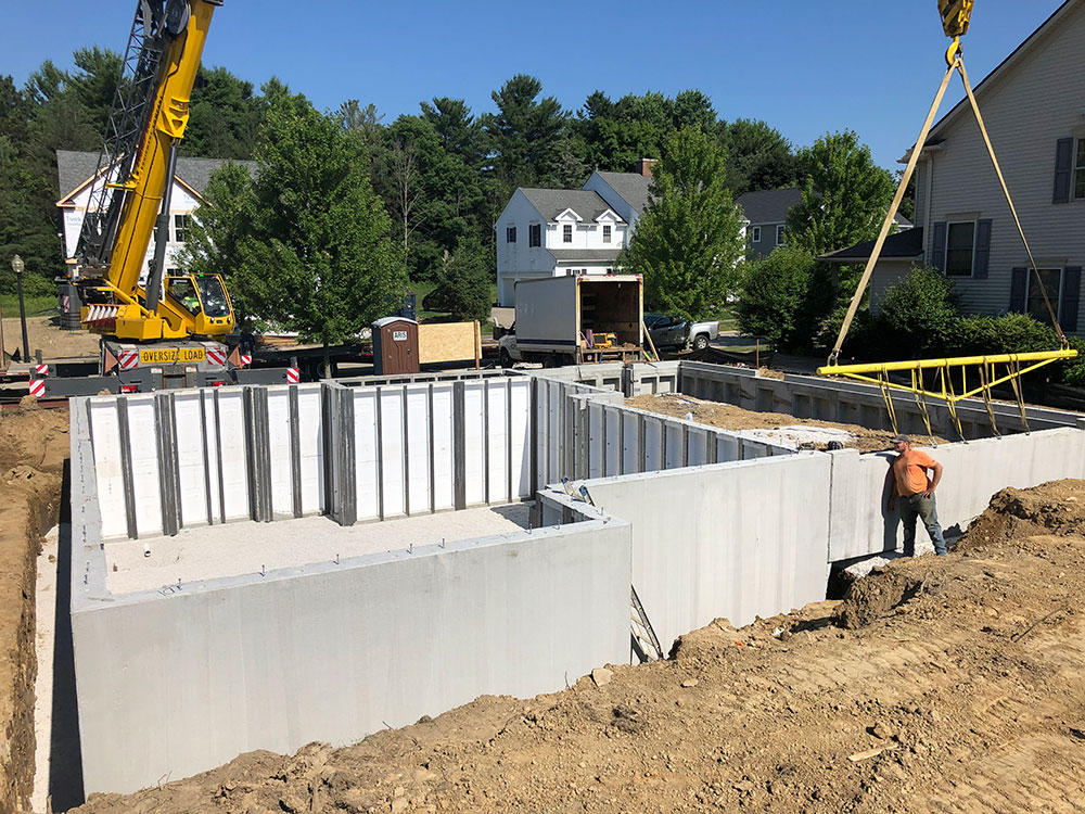precast walls create foundation